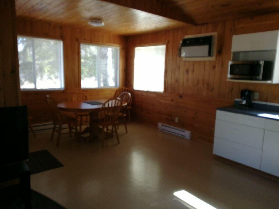 cabin6kitchen