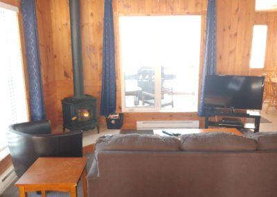 Cabin6livingroom